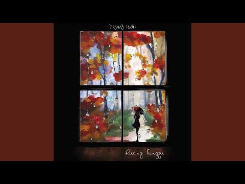 Download Mp3 lagu Puan Bermain Hujan online
