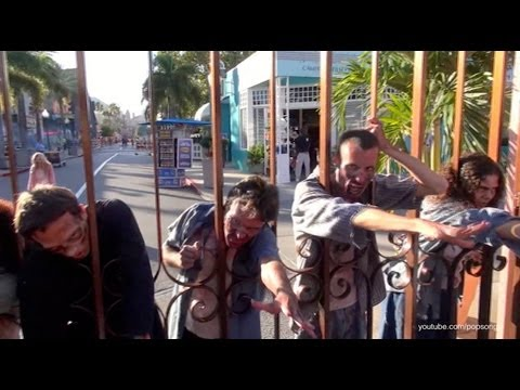The Walking Dead Zombie Walkers Rush the Front Gate at Halloween Horror Nights Universal Studios