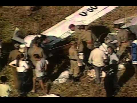Cantor Herbert Vianna sofre acidente de ultraleve (2001)