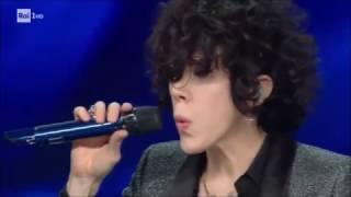 Sanremo 2017 - LP sul palco dell'Ariston