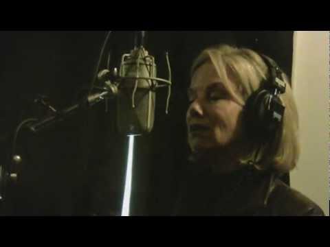 Linda Purl sings