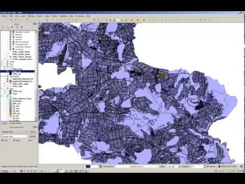 Qgis - Correcting overlapping features and invalid geometry