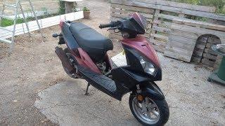 On nous a donner un scooter! 🙈