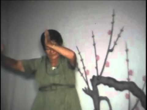 Issei Uchinanchu performing Kachashi, circa 1973
