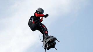 Fransız 'uçan asker' flyboard ile Manş Denizi'ni geçerken suya düştü