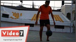 """بالفيديو.. عبد المنعم صبرى شاب مصرى اقتحم """"موسوعة جينيس"""""""