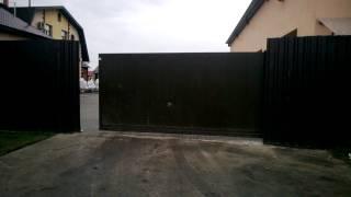 видео Заполнение панорамных ворот DOORHAN