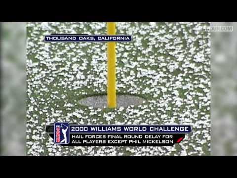Quizás no te lo hayas planteado nunca, pero los que juegan al golf tienen muchos problemas relacionados con los estados del tiempo atmosférico. Algunos jugadores incluso han perdido la vida por el impacto de un rayo. He aquí una recopilación de 10 sucesos meteorológicos que obligaron a cancelar las competiciones.