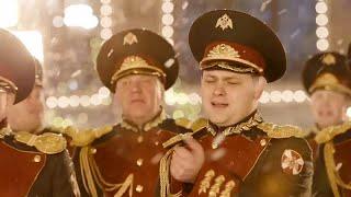 """شاهد: جوقة الحرس الوطني الروسي تغني """"عيد الميلاد الماضي""""…"""