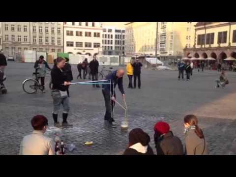 Haciendo Pompas en Leipzig