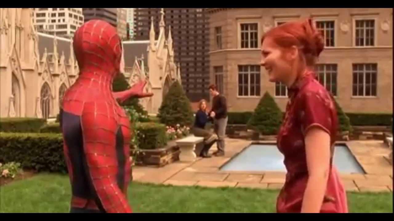 Venom Spiderman Kleurplaten.Spider Man 1 2002 Spider Man Vs Green Goblin First Fight
