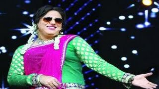 Govinda wears wife's sari to become Aunty No. 1 again after 17 years