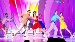 Буги-вуги на праздничном шоу Валентина Юдашкина