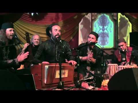 Laal Meri Shahbaz Qalandar live Qawwali by Fanna-Fi-Allah