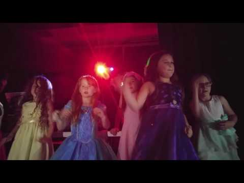 Robey Elementary Father Daughter dance 2016