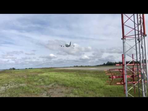 Dreamlifter take off Ted Stevens International Airport