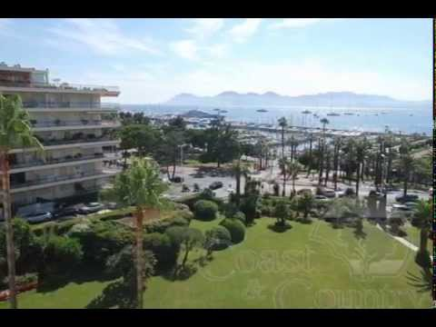 Exceptional luxury three bedroomed apartment for sale on the Croisette in Cannes