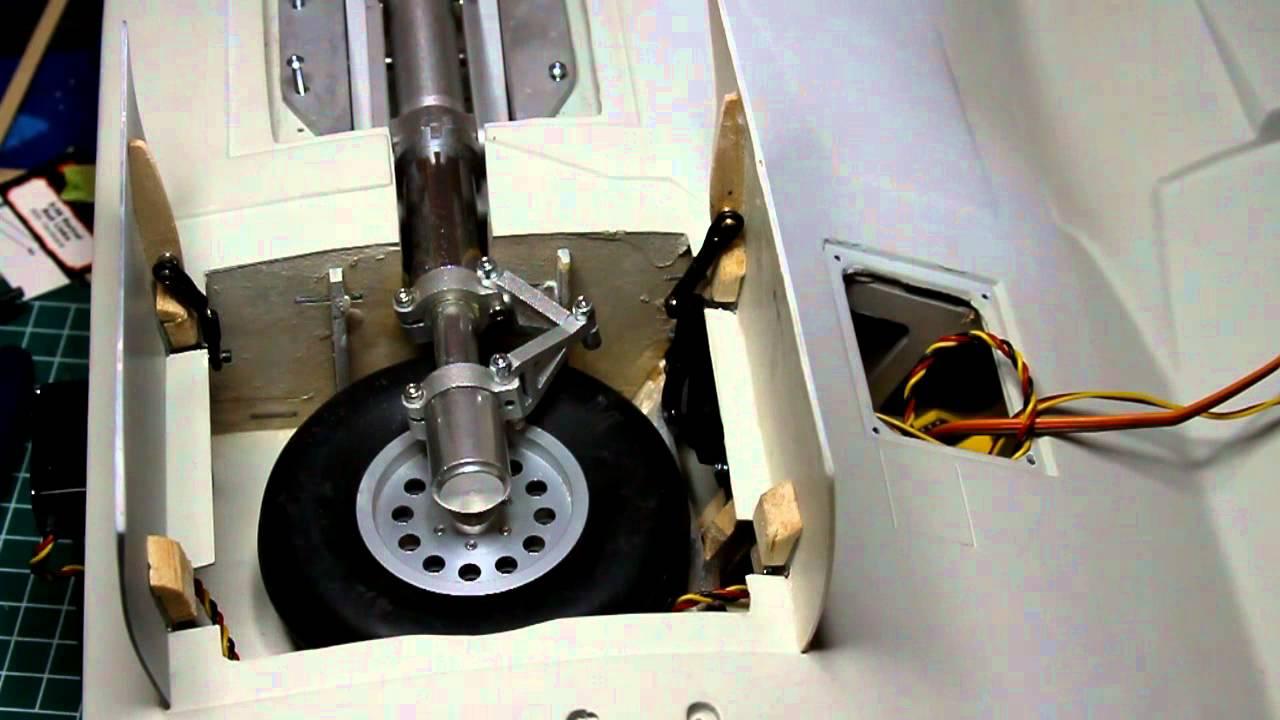 Esm F4u Corsair 50cc Gear Doors Operation Youtube