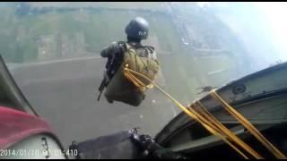 TNI lg belajar terjun payung , nonton aja