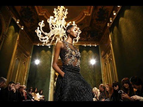 detailed pictures c5b9c fc5d3 Alberta Ferretti   Haute Couture Fall Winter 2016/2017 Full Show   Exclusive