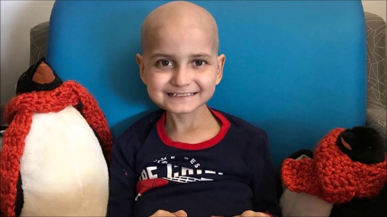 9-year-old cancer patient asks for an early (last) Christmas gift ...
