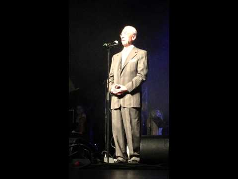 Professor Samii speaks at Moein`s Concert in Hannover