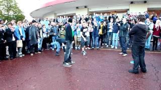 Syndicate vs KSI Dance Off @ Eurogamer 2012 thumbnail