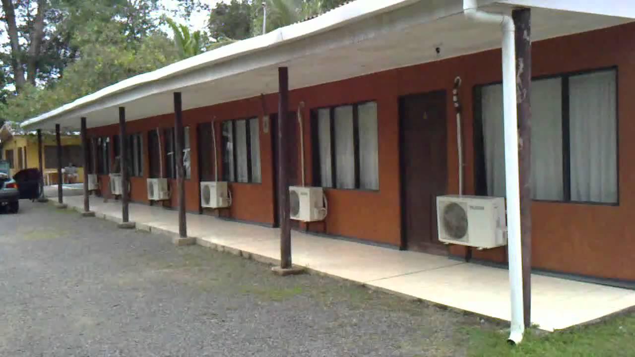 Cabinas veranito cerca de playa herradura youtube for Cabinas de bano baratas