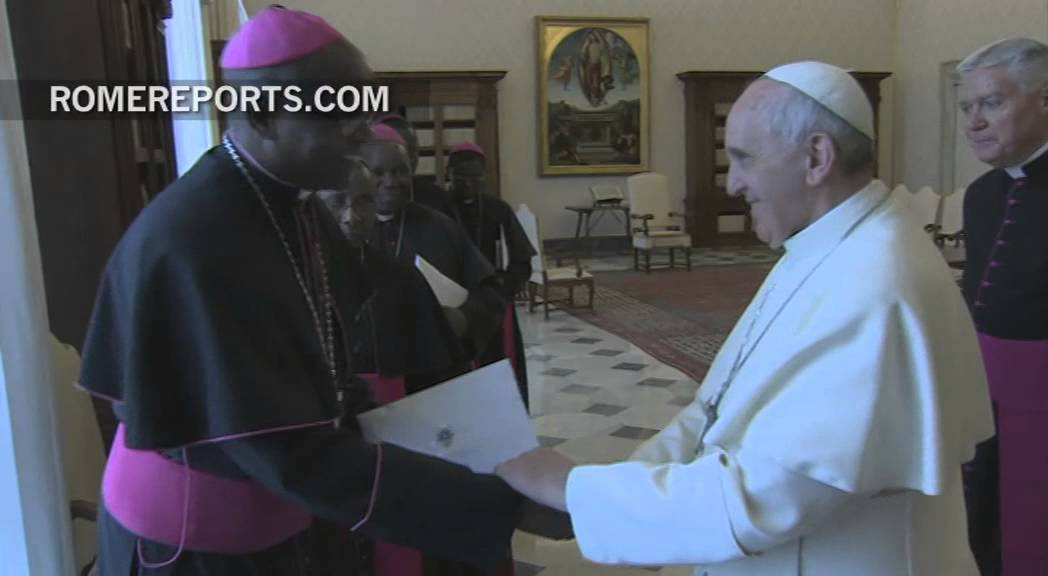 Pope Francis meets with bishops of Tanzania during their \'ad limina\' visit