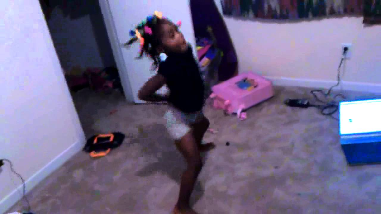 9 YO 10YO 11 4 year old twerking