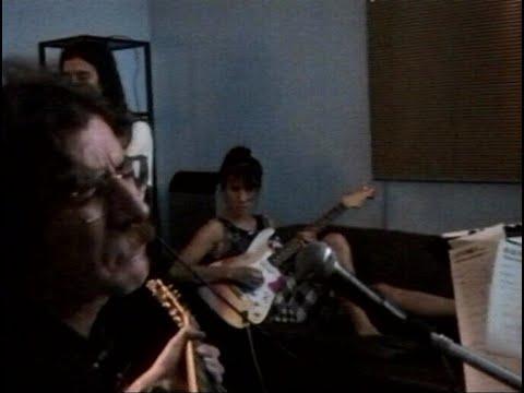 EXISTIR SIN VOS, UNA NOCHE CON CHARLY GARCIA - Trailer