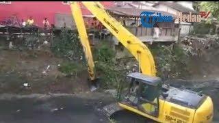 Pemko Medan Kerahkan Alat Berat untuk Keruk Sungai Sei Sikambing