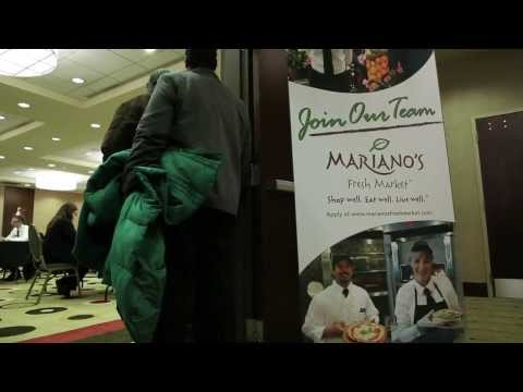 Prospective Mariano's employees apply for jobs