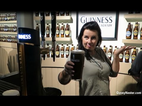 Pouring The Perfect Pint Of Guinness Beer In Dublin, Ireland!