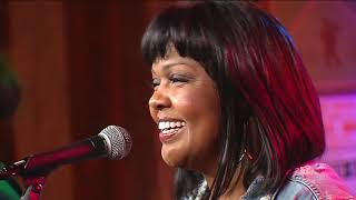 Nashville Life Music featuring CeCe Winans    Looking Up