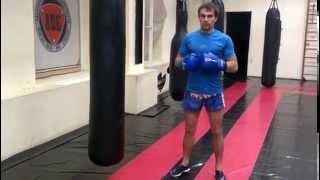 Комбинации по груше. Часть первая(Комбинации по груше. Видео предназначено для тех, кто имеет представление о боксе. Для тех у кого его нет,..., 2015-06-27T21:05:33.000Z)