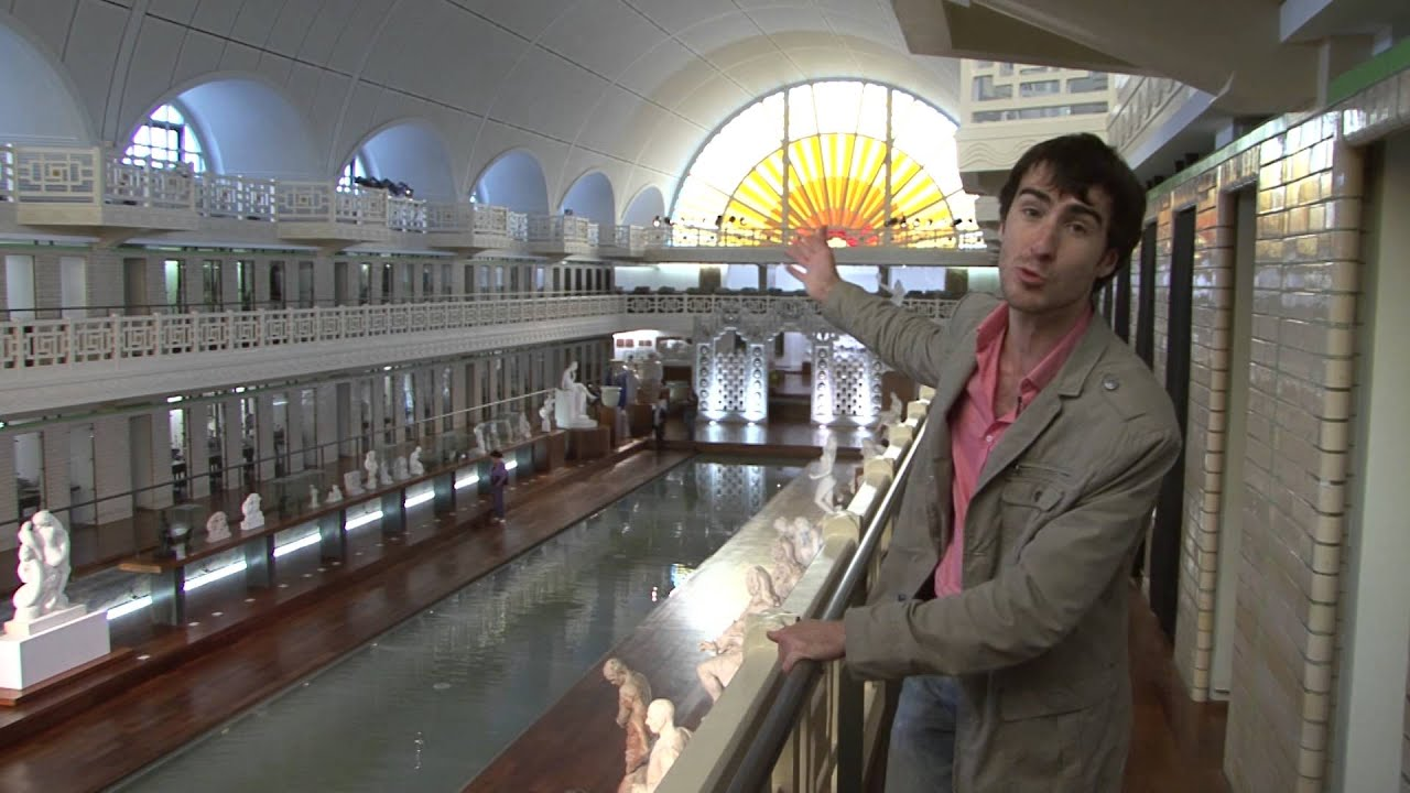 Le musee de la piscine roubaix youtube for Piscine roubaix
