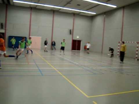 Zaalvoetbal in de Spil op 20-12-2008 - Deel 1
