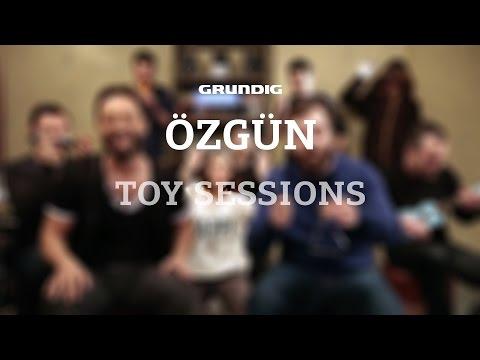 Özgün - Öpücem / #akustikhane Toy Sessions #sesiniac