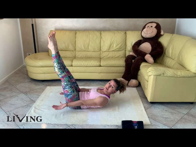 At Home - Pilates Matwork 1 - Sequenza addominali #pilates #iomiallenoacasa