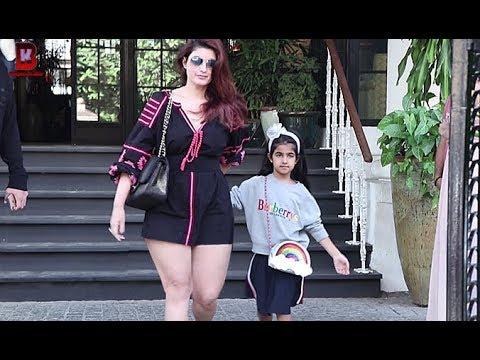 Twinkle Khanna & Her Daughter Nitara Kumar, Divya Dutta, Neelam Kothari Arrives At Soho House