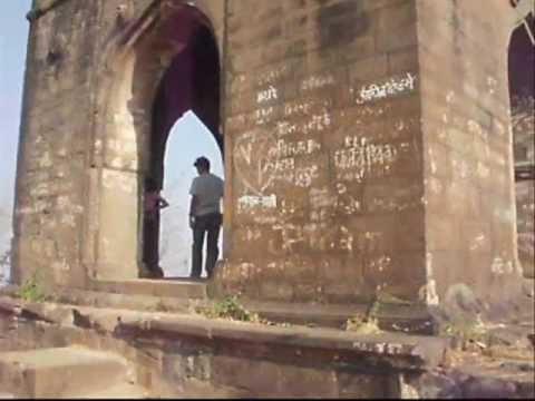 Shivneri Fort - Birthplace of Chattrapati Shivaji Maharaj.wmv