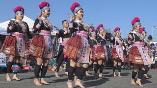 love girls hmong USA new year2018 beautiful  hmong girl dance