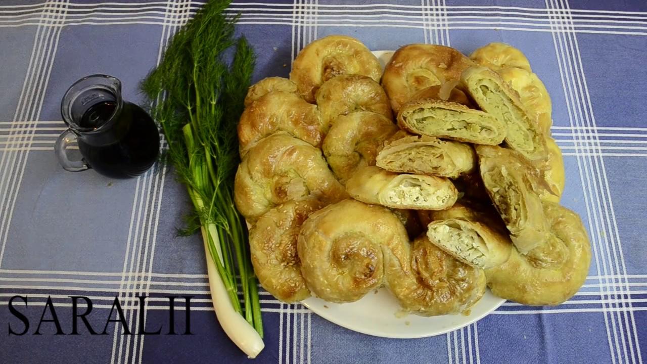 piatto tipico moldavo vegan saralii con il cavolo cappuccio cucina tradizionale moldava