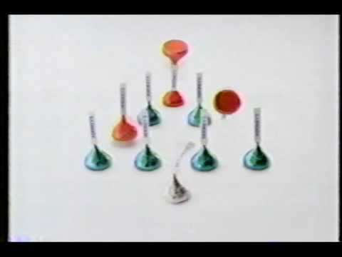 Hershey's Holiday Bells - We Wish You a Merry Christmas - YouTube