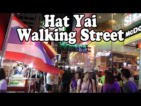 hat-yai-walking-street:-thai-street-food-and-shopping-in-hat-yai,-thailand