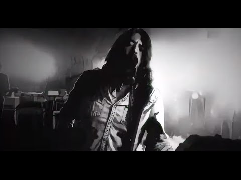 Foo Fighters debut No Son of Mine video + Cloudspotter and Honey Bee live videos