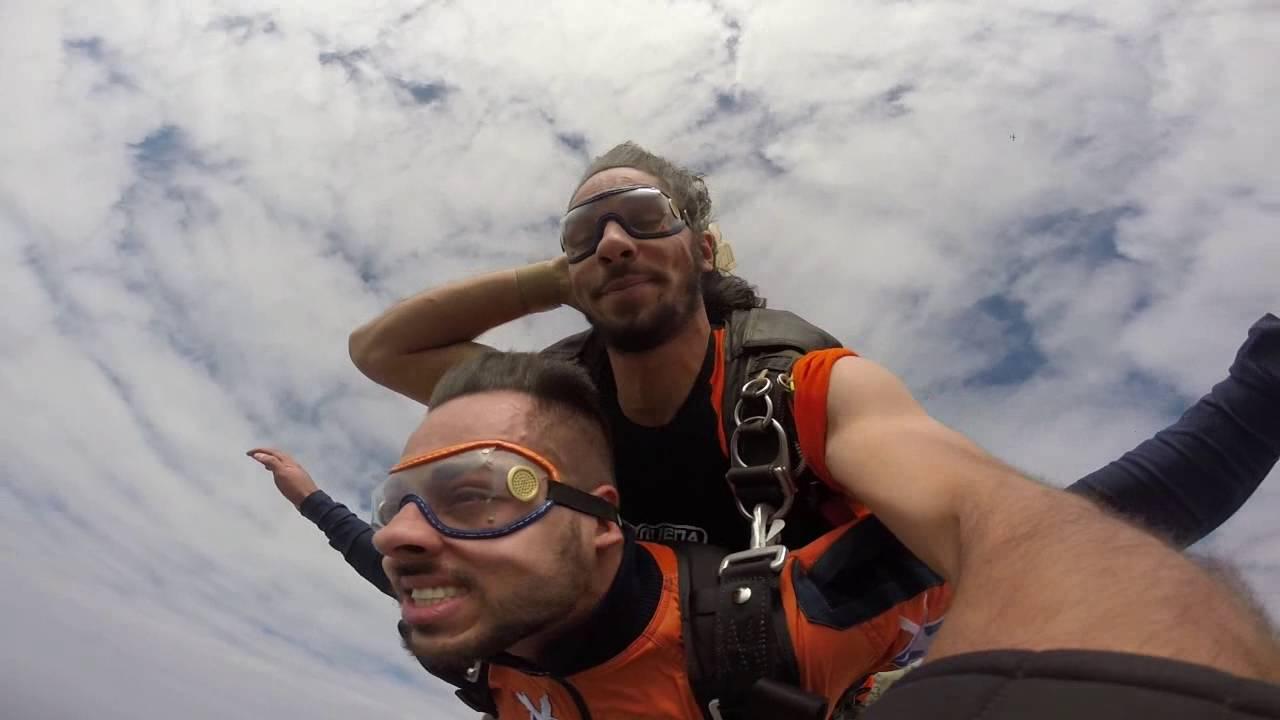 Salto de Paraquedas do Jhonny na Queda Livre Paraquedismo 29 07 2016