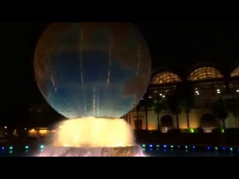 Fountain Globe by Night Tokyo DisneySea Mediterranean Harbor (ファウンテングローブ)