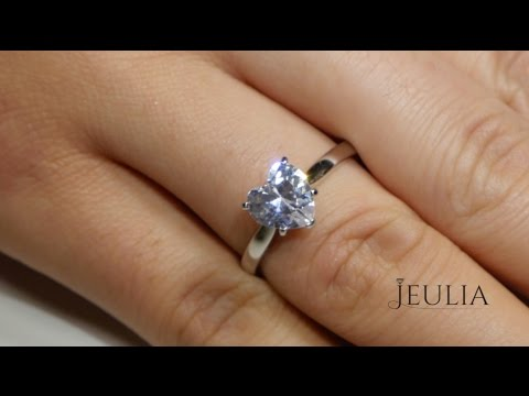 Jeulia 1 Carat Heart Shaped Solitaire Ring 14K White Gold Plated